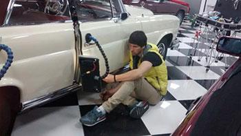 reparar golpe en el coche