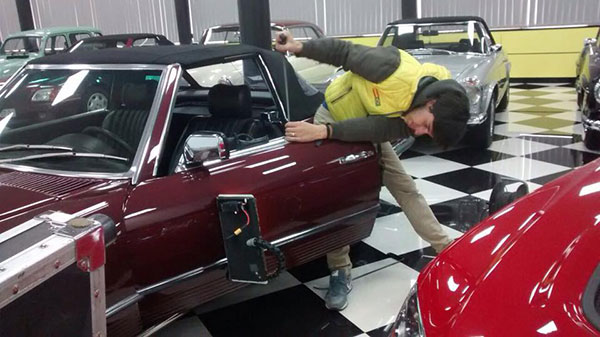 como reparar un golpe en el coche